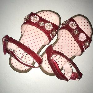 Toddler Sandals w/Jeweled Flowers